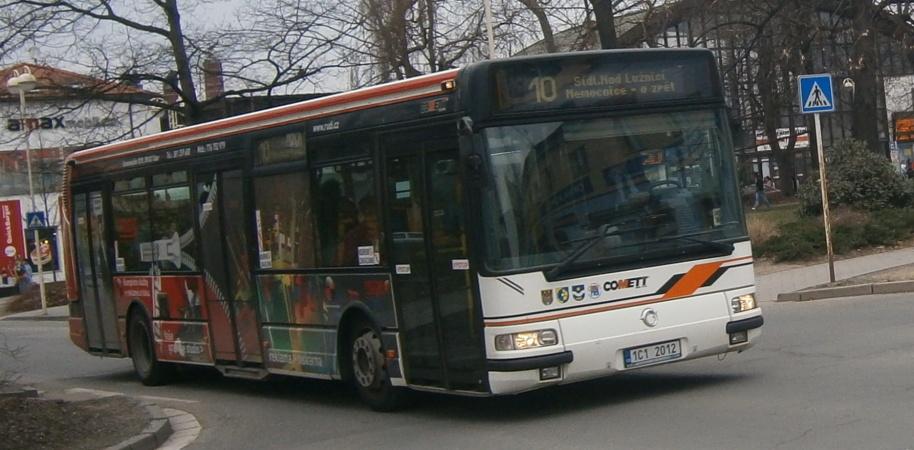 Rudi(1C1 2012) odjezd od autobusového nádraží (29.3.2012)