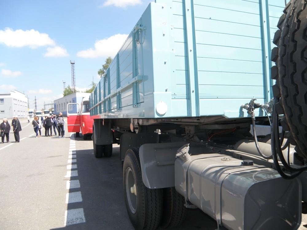 Historické nákladní automobily